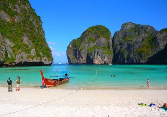 Koh Phi Phi, Thailand : The Best All Year Round Island