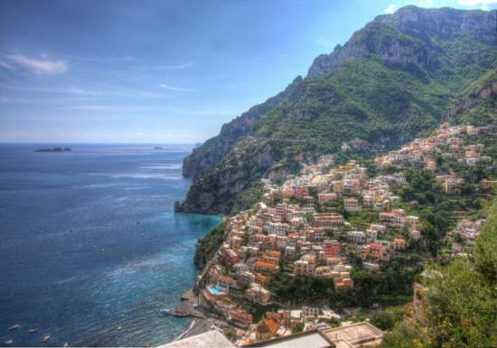 The Amalfi Coast, Italy : A Perfect Holiday Spot